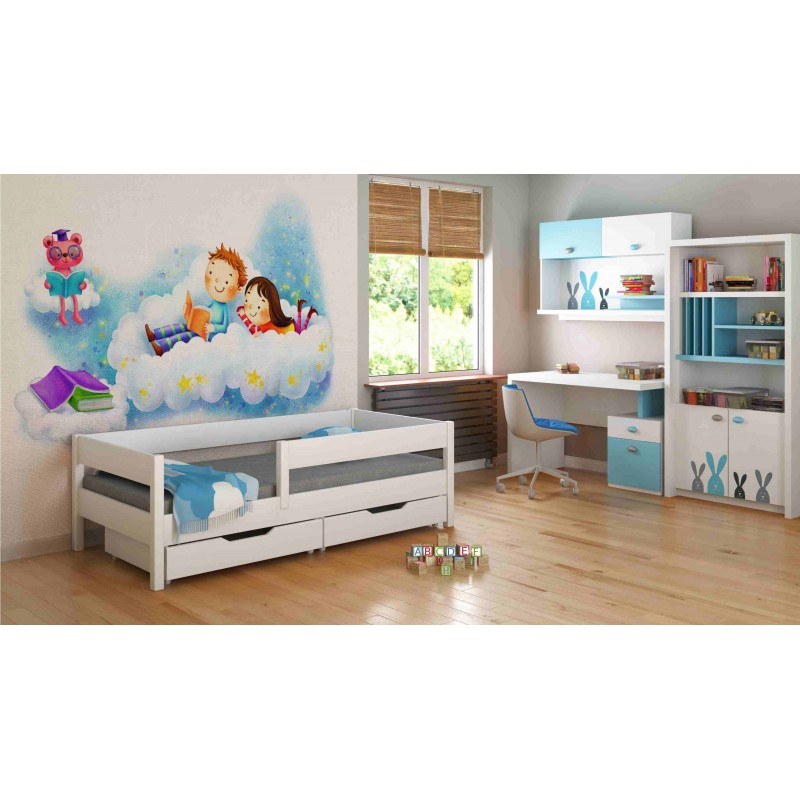 lit simple pour les enfants et les enfants. Black Bedroom Furniture Sets. Home Design Ideas